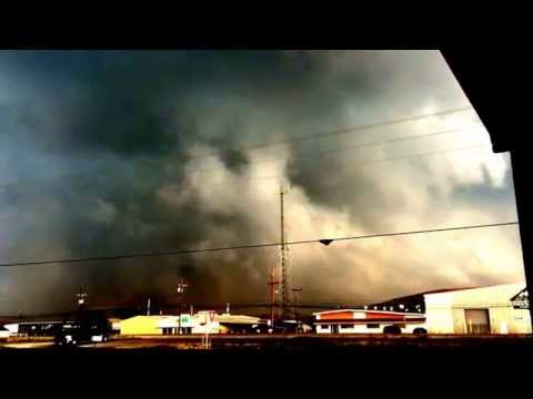 Large hailstorm hits hawley and Abilene tx