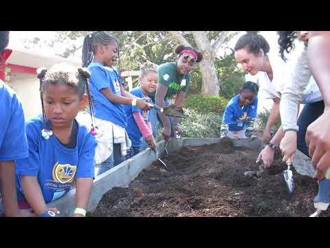 CommunityGrows at Malcolm X Academy