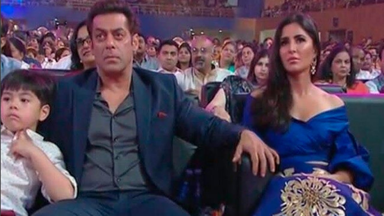 Salman Khan With Hot Girlfriend Katrina Kaif At Iffi Ceremony 2017 Goa - Youtube-8544