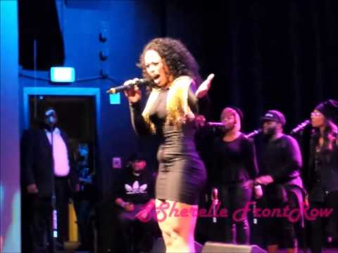 "Elle Varner Performs ""I Don't Care"" Live at Howard Theatre!!"