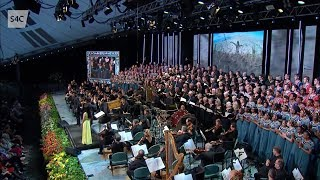 "Christopher Tin Conducts ""Baba Yetu"" (Live at Llangollen)"