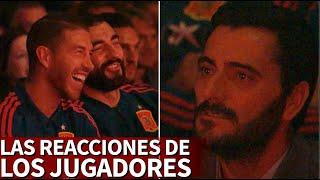 Las reacciones de los jugadores viendo el documental de Luis Aragonés | Diario AS