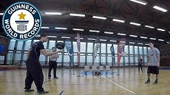 Amazing basketball spinning - Guinness World Records