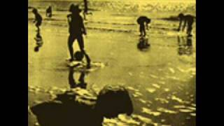 the-garlands---open-arms