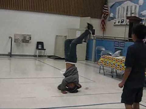 6th grade dance off.wmv