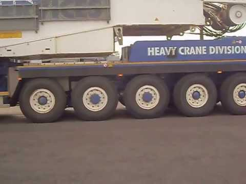 Port Services Heavy Crane Division Terex TC2800-I