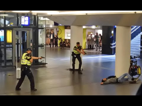 Americans Stabbed In Amsterdam Thank Police For Swift Action