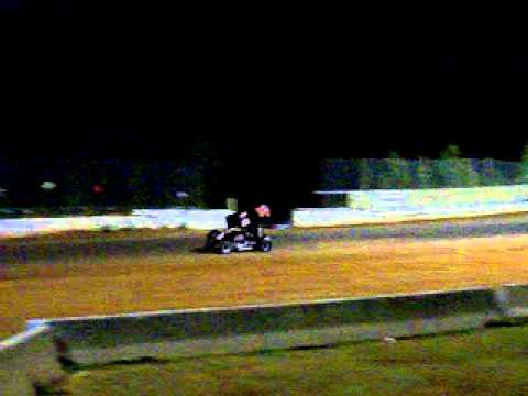 8/20/2011-Steven Hamilton's 1st 305 Saver Sprint Car Hot Laps