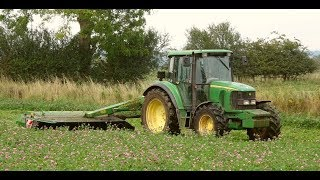 Mowing Red Clover for Silage - John Deere and New Holland action.