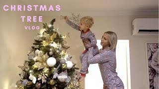 Putting up our Christmas tree '18 | vlog