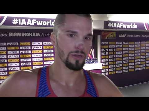 Jakub Holuša po rozběhu na 1500 m na HMS v Birminghamu