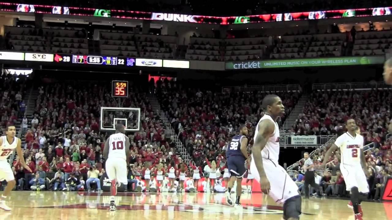 Gorgui Dieng dunk from Russ Smith vs Memphis
