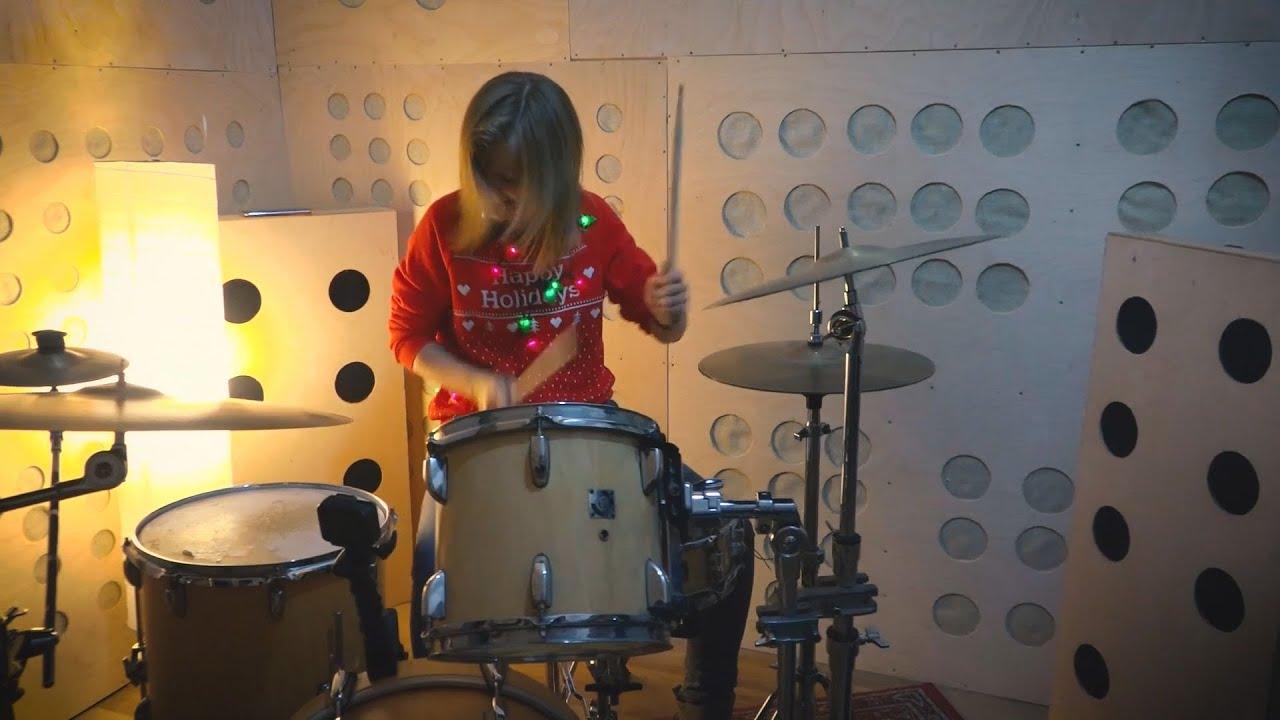 Halápi Katinka - Ariana Grande - Santa Tell Me (drum cover)