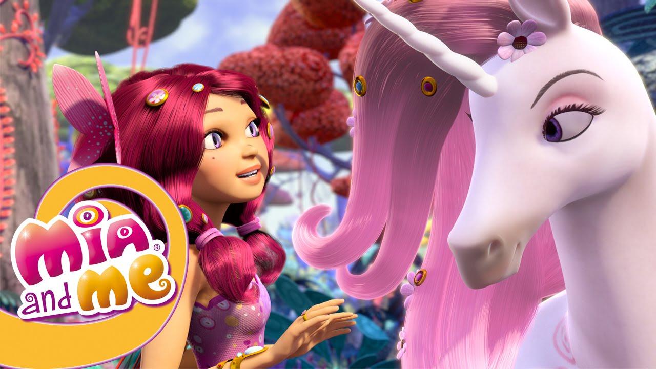 Barbie ve Chelsea at çiftliğine gidiyor! Çocuk videosu