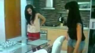 Repeat youtube video REALITI SELEBRITI EPS. KEL SUNGKAR #1 - 1 (full video)