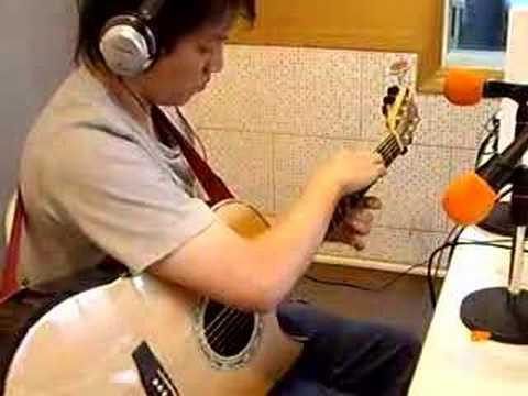 Allen Loo plays 大海嘯