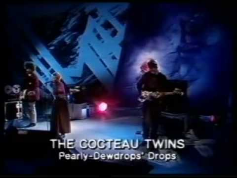 cocteau-twins-the-spangle-maker-pearly-dewdrops-drops-schwarzewelt