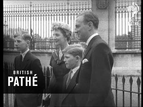 Accolade For Sir Len AKA Len Hutton Investiture (1956)