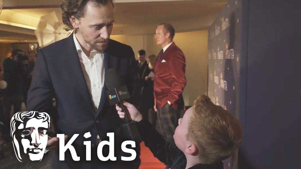 Young Presenter Braydon Interviews Tom Hiddleston!