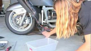 07+ Suzuki Burgman 400 - Coolant Change | MicBergsma
