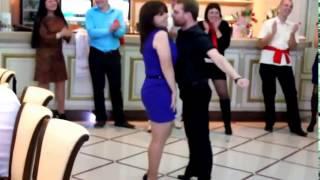 Смешно до слез  Зажигательный танец  Приколы на свадьбе