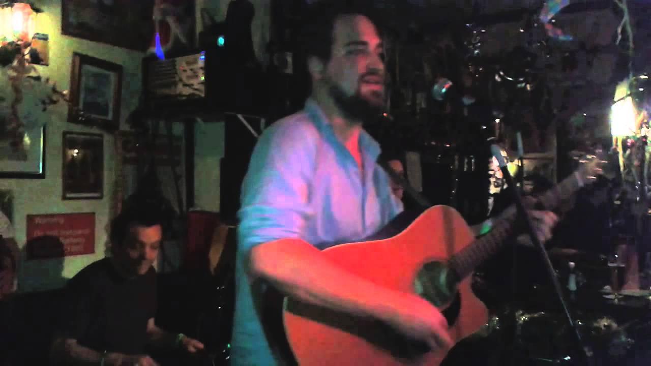 Fiddlers Green Pub - Oldenburg - Happy New Year 2014 - YouTube
