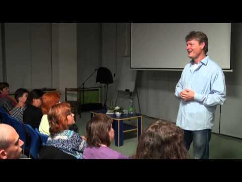 CÍSAŘOVY NOVÉ ŠATY - Igor Chaun, přednáška Hodonín, 11. 10. 2012