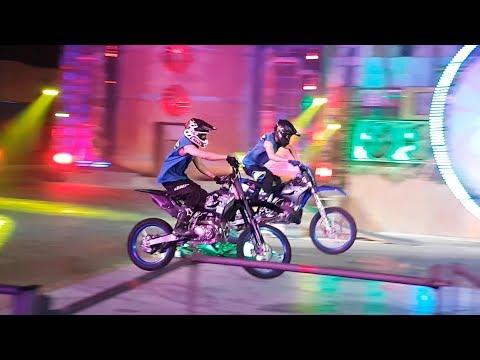 Global Village Season 23 – Superloop Stunt Show