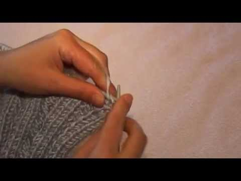 видео: Женский жилет спицами ( полочка ,  вывязываем горловину )