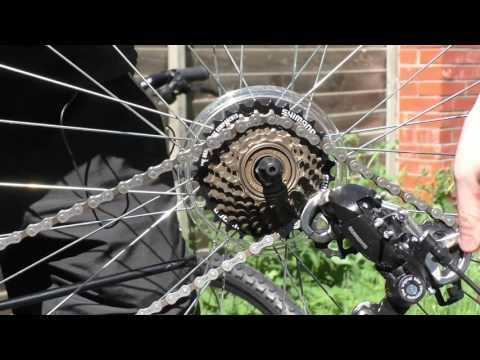Как снять и поставить переднее и заднее колесо на велосипеде.