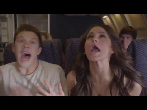 Dieses Paar hat eine unschlagbare Taktik, um Sex im Flugzeug haben zu können