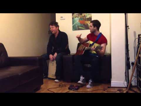Fast Car-Tracey Chapman Loop pedal Cover (Live In The Lounge March 2013)