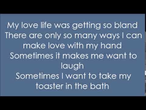 Blink 182 - M&M's Lyrics