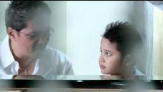 Video Cloudio Hitipeuw - Sayang Mama download MP3, 3GP, MP4, WEBM, AVI, FLV Januari 2018