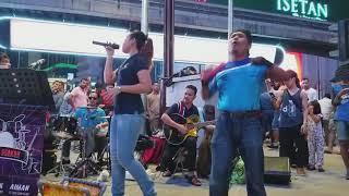 Suara sebijik Ella cover lagu Kesal - Nurul redeem busker (315)