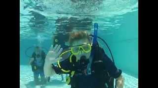 Marist College Ashgrove Discover Scuba Diving 2014