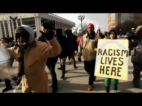 Return of the Ferguson War Zone? Missouri Enacts State of Emergency Ahead of Mike Brown Grand Jury