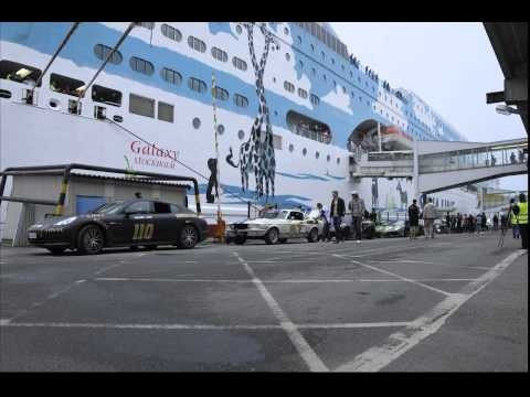 Gumball3000 Cars loading to the ship