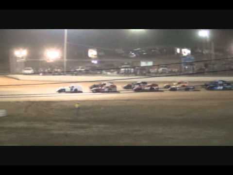 Friday Qualifying-West Plains Speedway-A-Mains-Video.wmv