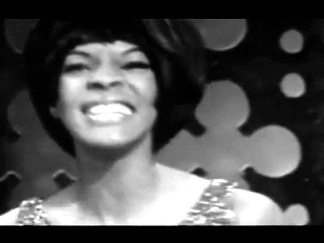 dancing-in-the-street-martha-and-the-vandellas-1964-music-video-namnoiz