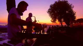 Саксофон, закат и дип хаус! Очень красиво и чувственно! Saxophone, sunset and deep house!
