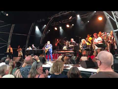 Take Me I'm Yours - Chris Difford with Jools Holland & his Big Rhythm and Blues Band - Lincoln Cast