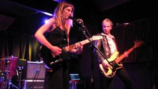 Wolf Alice - Freazy - Live in Columbia, MO 2015