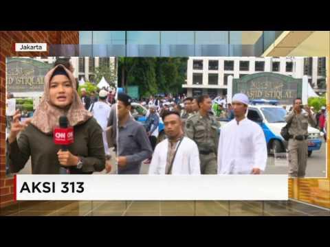 Live Report: Massa Aksi 313 Dari Berbagai Daerah Mulai Penuhi Masjid Istiqlal