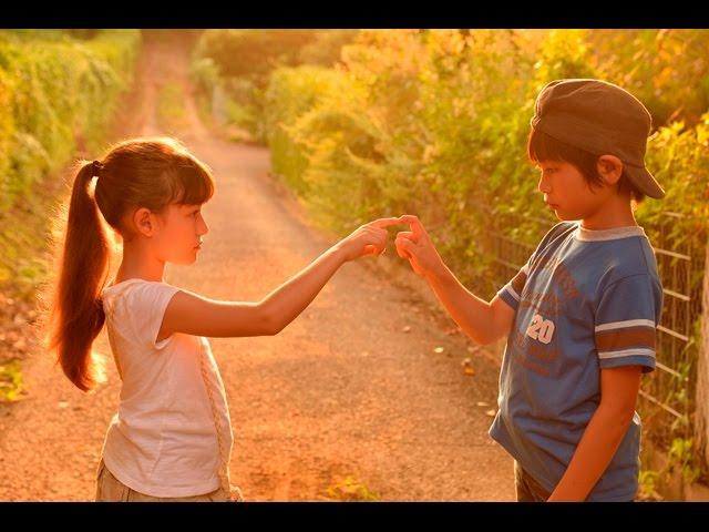 島を舞台に少年と少女が織り成す物語が展開!映画『なつやすみの巨匠』予告編