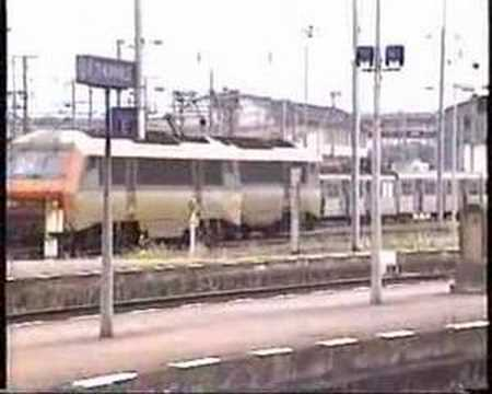 Passenger & Freight Trains at THIONVILLE (France) 2002 * chemin de fer france voies ferrées trains marchandises SNCF BB15000 BB26000 sybic trains locomotives gare rames ferroviaire