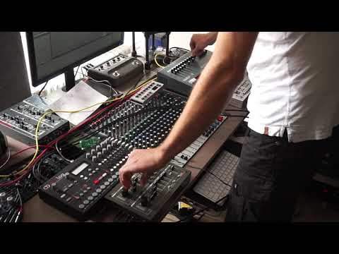 Syncussion SY-1 jam