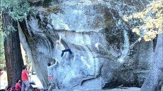 Mina Leslie-Wujastyk climbs Midnight Lightning (V8), Yosemite