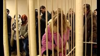 Мариупольские школьницы, пытавшиеся повесить свою одноклассницу, получили три года колонии