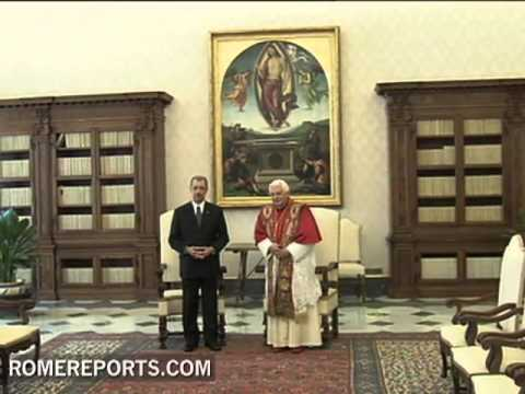 The Pope Meets the President of Seychelles